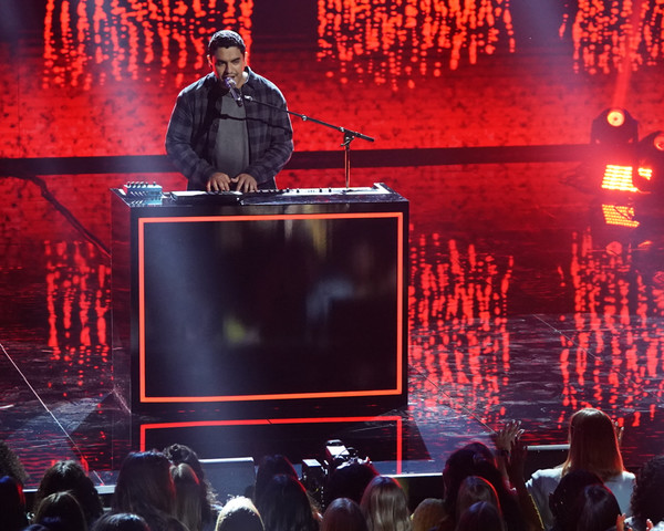 Photo Coverage: The Top 14 Performed on AMERICAN IDOL