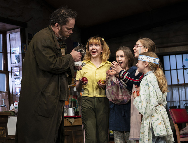 BWW Review: Brian d'Arcy James, Shuler Hensley Lead New Arrivals To Jez Butterworth's THE FERRYMAN