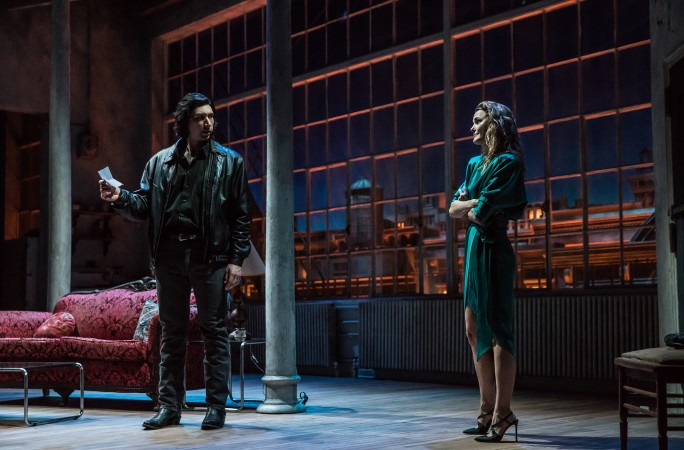 BWW Review: Adam Driver and Keri Russell Star in Lanford Wilson's Drama of Sex and Grieving, BURN THIS