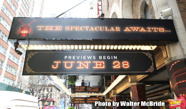 Up on the Marquee: MOULIN ROUGE!