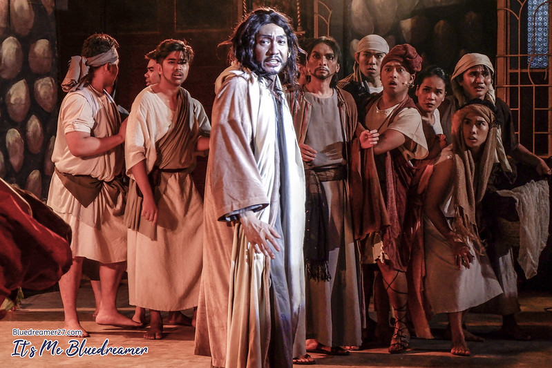 Photo Flash: Teatro Mensaheros Stages DAAN NG KRUS in Rizal Park Today, Apr. 20