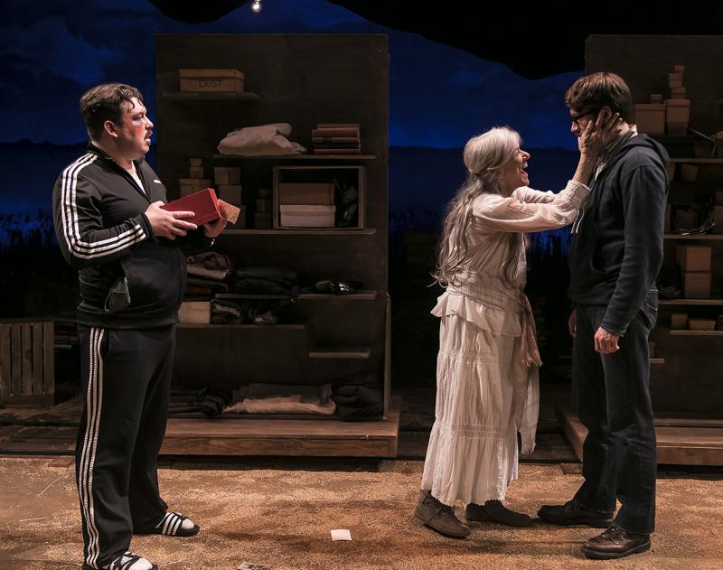 BWW Review: EVERYTHING IS ILLUMINATED at Ensemble Theatre Company