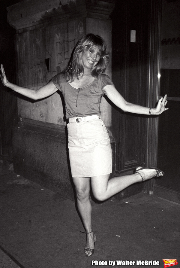 Teri Garr on the set filming TOOTSIE on June 9, 1982 in New York City.  Photo