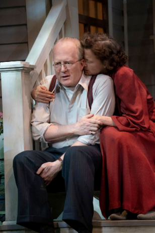 BWW Review: Tracy Letts and Annette Bening in Arthur Miller's Drama of Evolving American Dreams, ALL MY SONS
