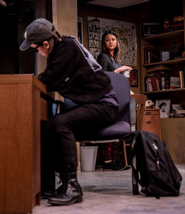 Alex Vinh (Dennis), Olivia de Guzman (Gina)