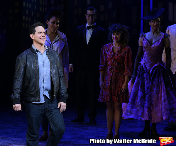 Santino Fontana with cast  Photo