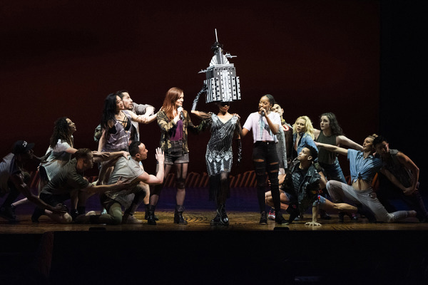 Photo Flash: COME FROM AWAY, BE MORE CHILL, FROZEN, and More Participate in the 2019 Easter Bonnet Competition