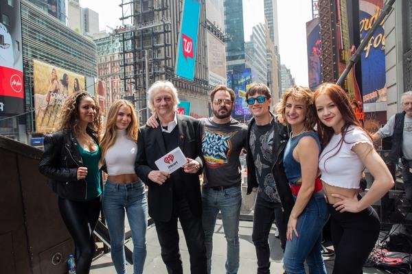 Jennifer Rias, Katie Webber, Jim Kerr, Mitch Jarvis, Justin Matthew Sargent, Tessa Al Photo