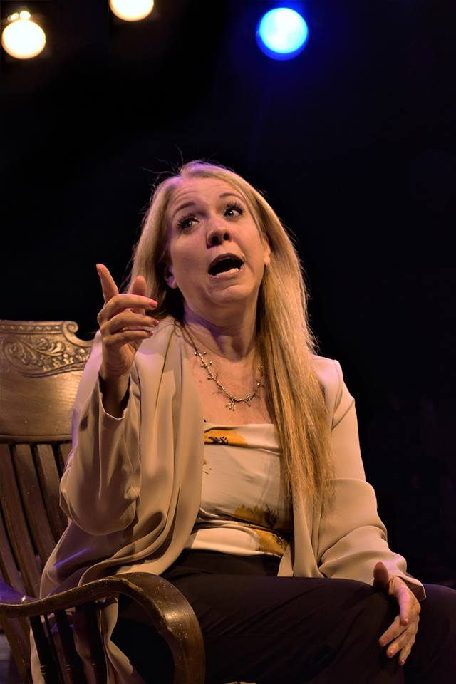 BWW Review: Chaffin's Barn's Timely and Timeless LISTEN TO YOUR MOTHER