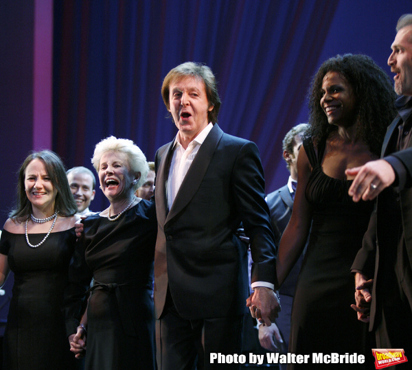 Emily Loesser, Jo Sullivan Loesser, Paul McCartney & Audra McDonald at The Curtain Ca Photo