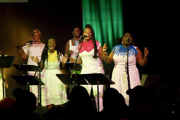 Phindile Mkhize Wilson, Lia Holman, Bre Jackson, Ayana George and Tamara Jade Photo