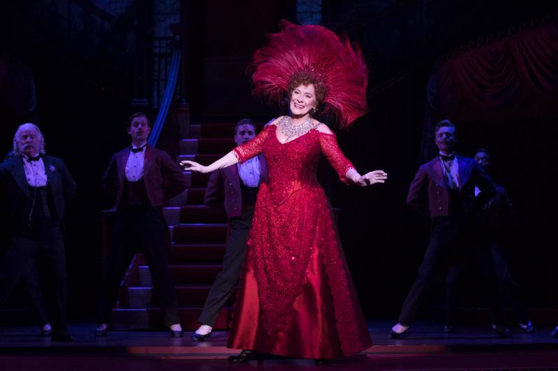 BWW Review: Wow! Wow! Wow, Fellas! Look at DOLLY Now, Fellas: She's Spectacular!