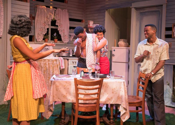 Photo Flash: TimeLine Theatre Company Presents TOO HEAVY FOR YOUR POCKET
