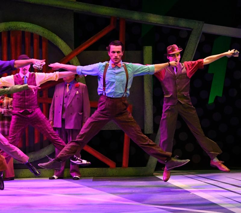 BWW Review: Dolls Steal The Show In GUYS AND DOLLS at Arizona Broadway Theatre
