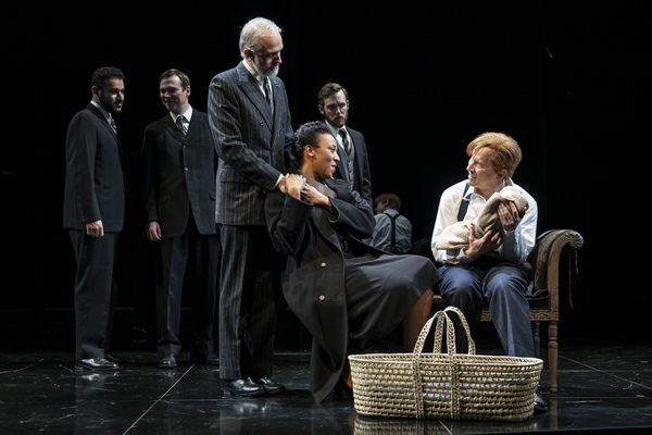 Photo Flash: First Look At THE WINTER'S TALE At Goodman Theatre