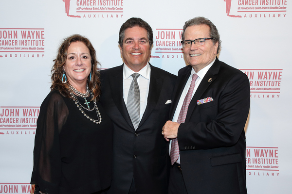 Photo Flash: John Wayne Cancer Institute Auxiliary Hosted LA ODISEA, The 34th Annual Odyssey Ball