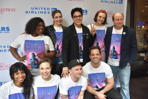 Photo Coverage: On the Red Carpet at STARS IN THE ALLEY