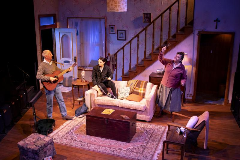 BWW REVIEW: FOLK Sees The Uniting Power Of Music Draw Three Unlikely Friends Together For A Heartwarming Tale of Compassion And Companionship