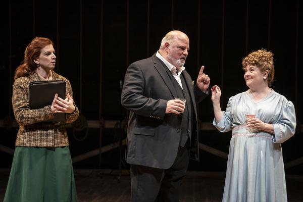 Photo Flash: Northlight Theatre Presents INTO THE BREECHES