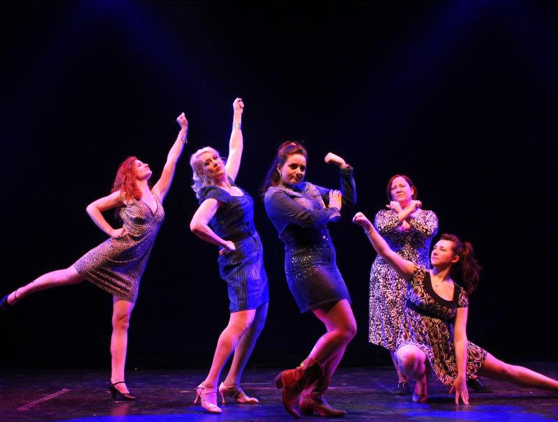 BWW Review: THE FULL MONTY at Downtown Cabaret Theatre Lets It All Go!