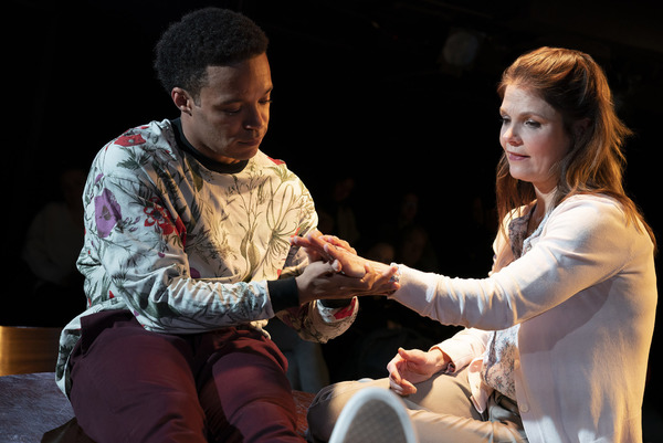 Photo Flash: First Look at Roundabout's SOMETHING CLEAN