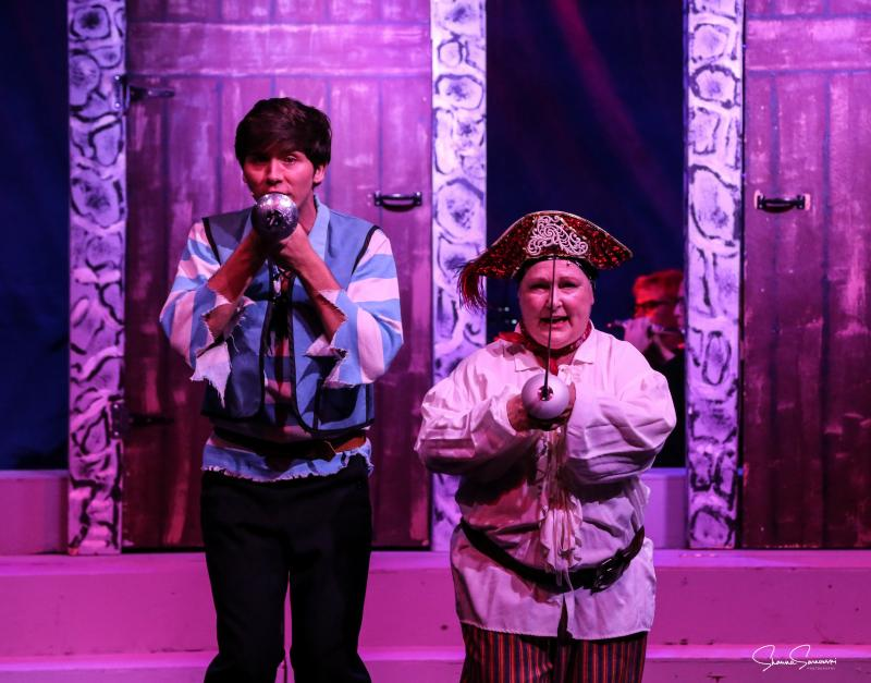 BWW Review: THE PIRATES OF PENZANCE at Rancho Mirage Amphitheater