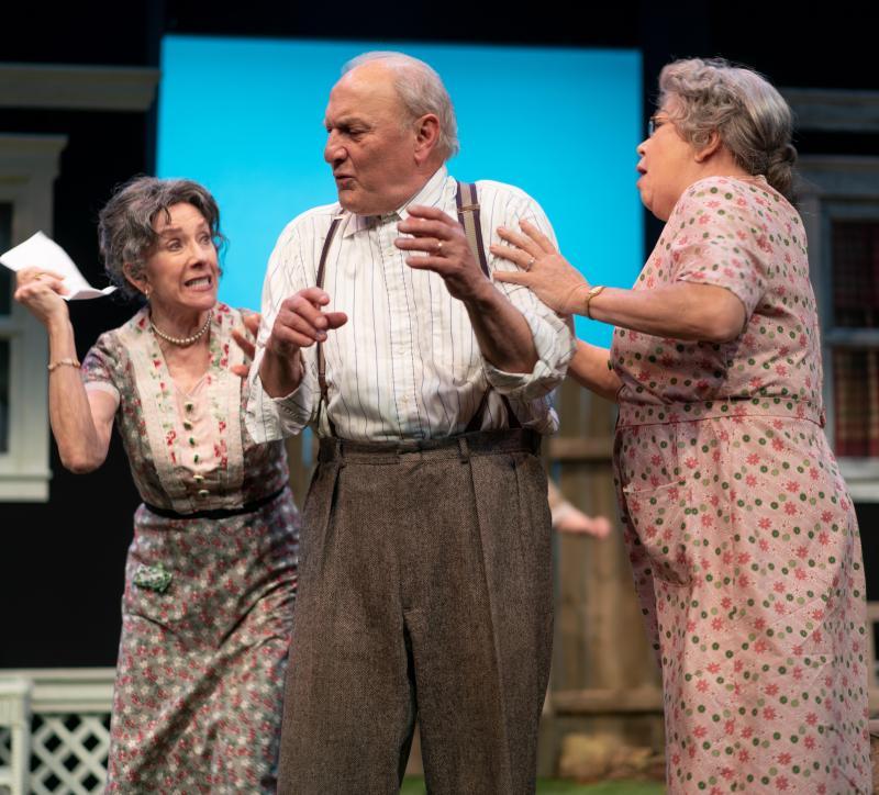 BWW Review: MORNINGS AT SEVEN at Kansas City Actors Theatre
