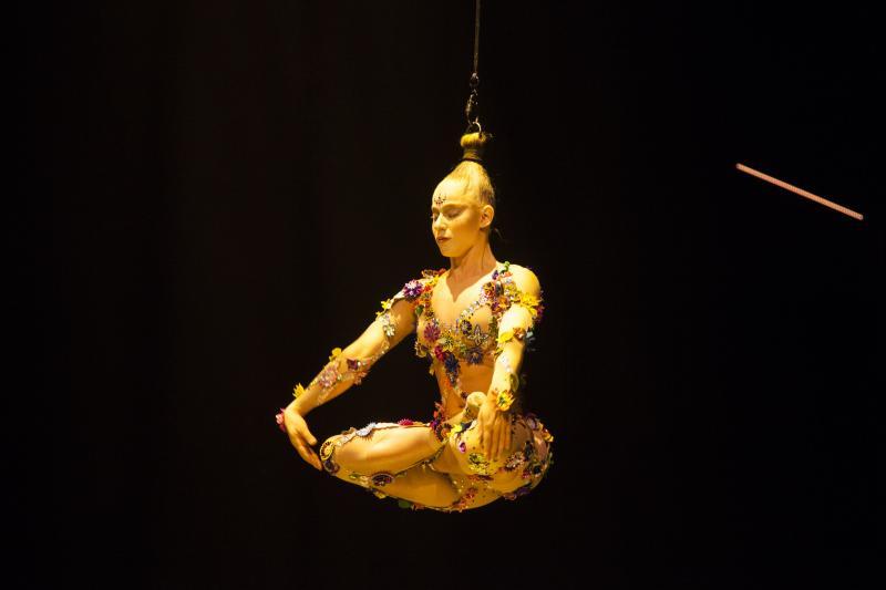 BWW Review: Cirque du Soleil VOLTA in Chicago