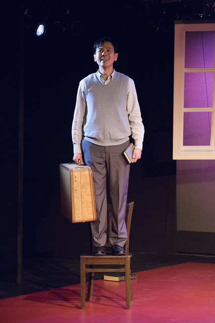 BWW Review: HOLD THESE TRUTHS at Barrington Stage Company  compels audiences to ask: Is this MY America?