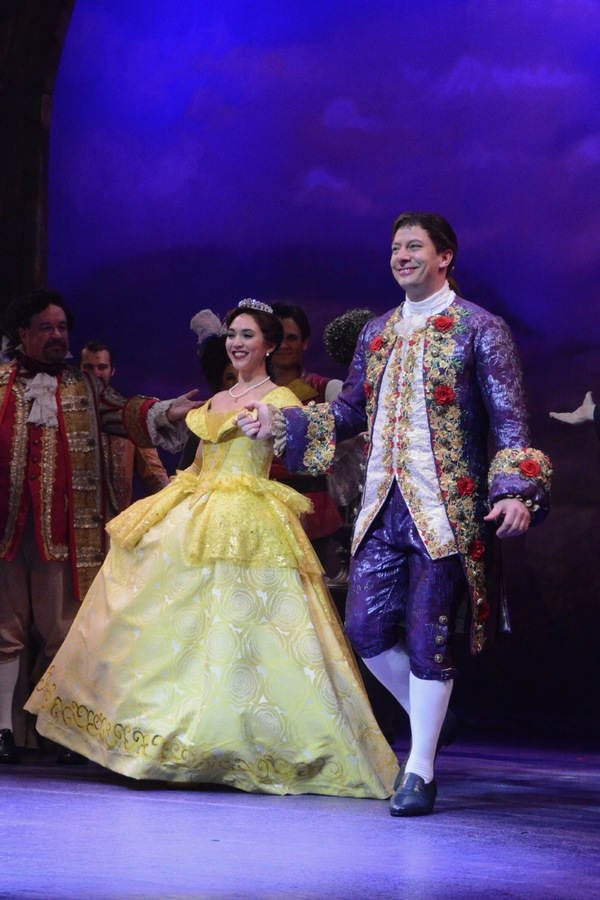 Photo Coverage: The Cast of Paper Mill's BEAUTY AND THE BEAST Take Opening Night Bows