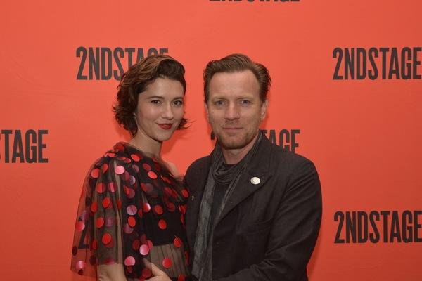 Mary Elizabeth Winstead and Ewan McGregor Photo