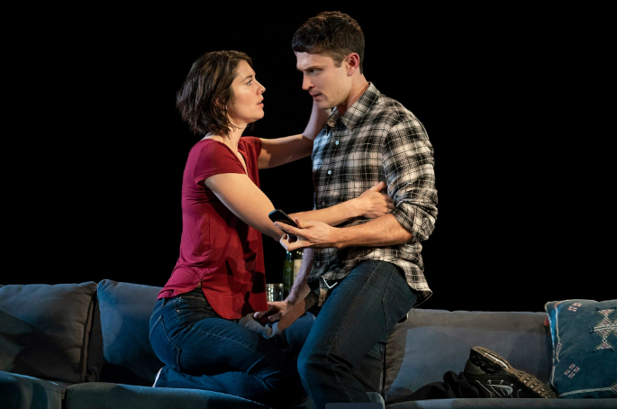 BWW Review: Mary Elizabeth Winstead and Colin Woodell in Christopher Shinn's DYING CITY