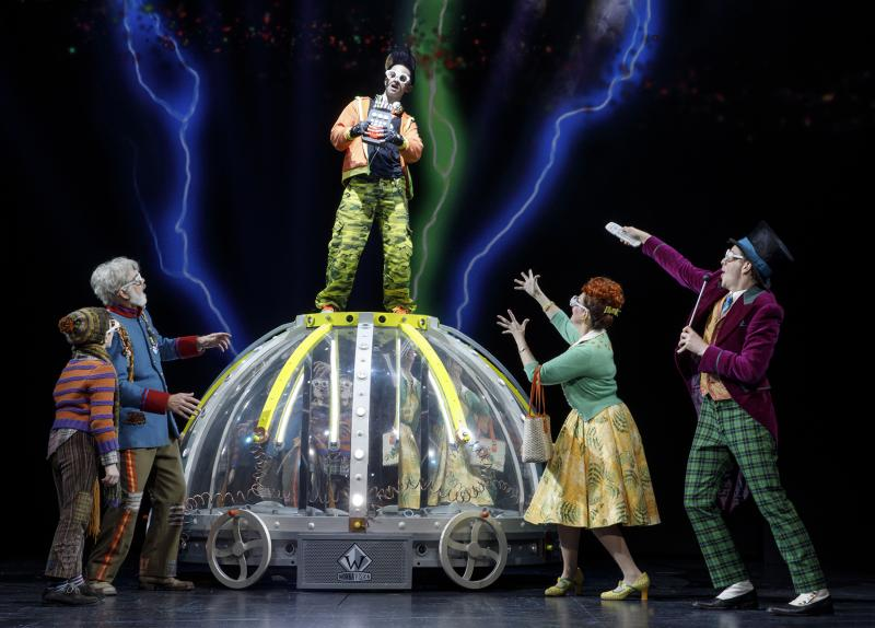 BWW Review: Semi-Sweet CHARLIE AND THE CHOCOLATE FACTORY Gets Sprinkled Into OC's Segerstrom Center