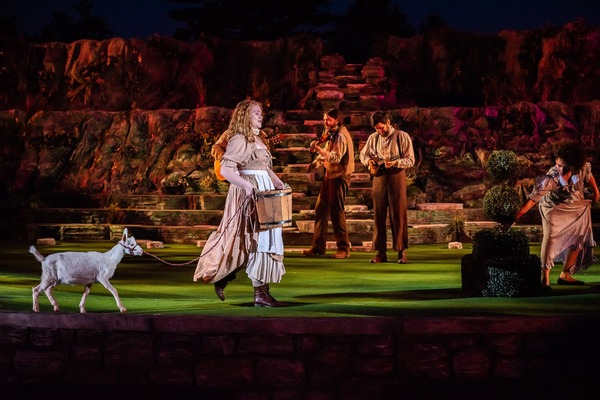 Photo Flash: LOVE'S LABORS LOST at Shakespeare Festival St  Louis