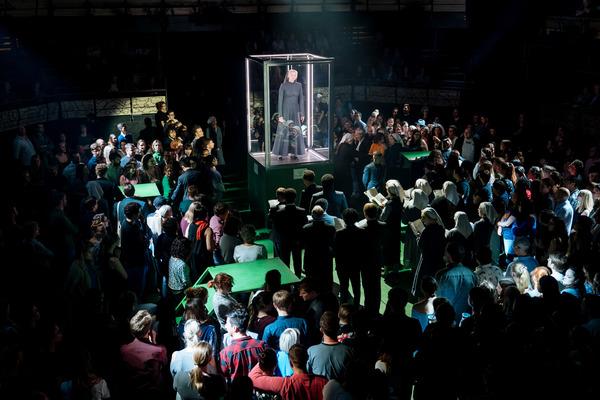 Photo Flash: First Look at Bridge Theatre's A MIDSUMMER NIGHT'S DREAM