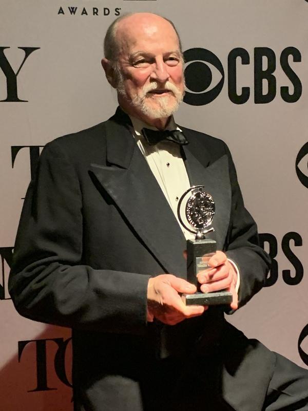 Photo Flash: TheatreWorks Silicon Valley Staff & Fans Celebrate Regional Theatre Tony Win!