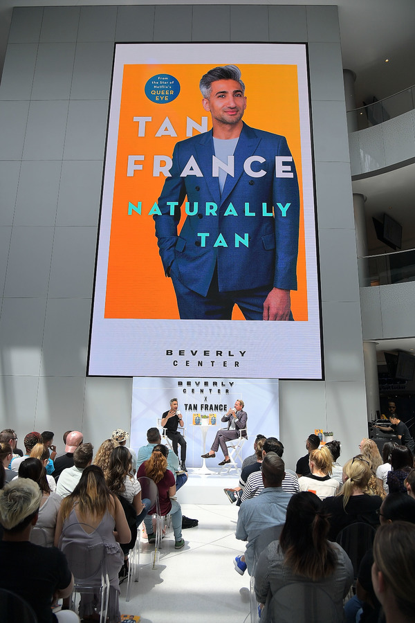 Photo Flash: QUEER EYE Fashion Guru Tan France Interviewed By Carson Kressley at Book Event