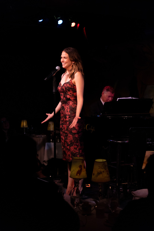 Photo Flash: Sutton Foster Kicks Off Residency at Cafe Carlyle