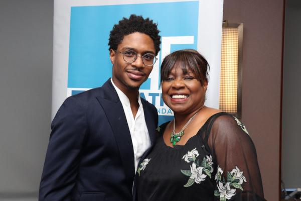 2019 Clarence Derwent Award winner Ephraim Sykes and his mom