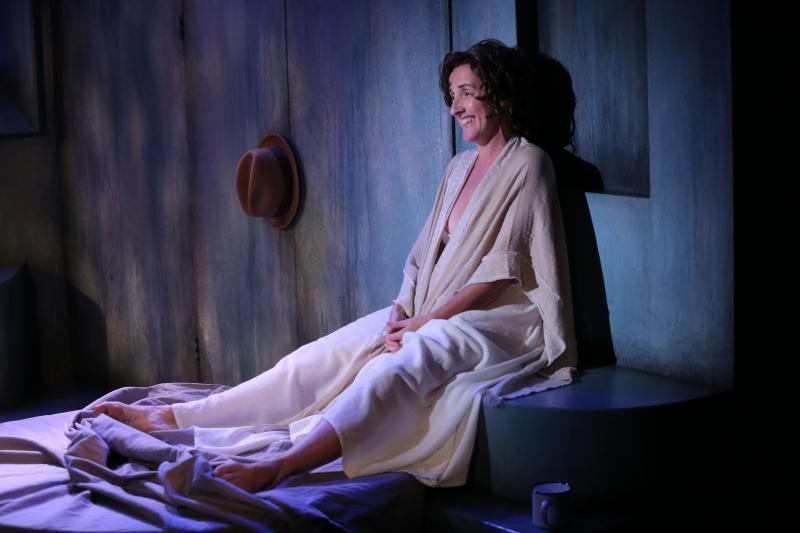 BWW Review:  Captivating Aedín Moloney Portrays James Joyce's Free Spirit in YES! REFLECTIONS OF MOLLY BLOOM