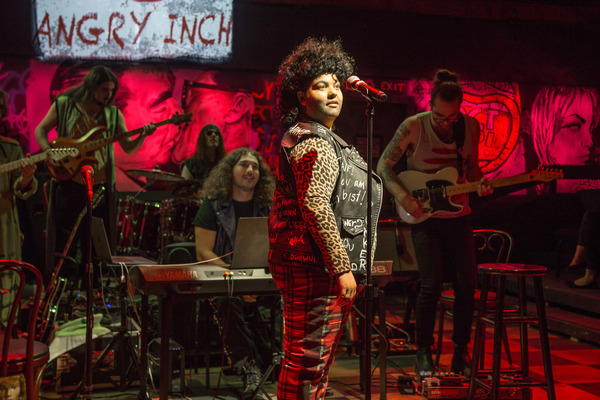 Photo Flash: First Look at HEDWIG AND THE ANGRY INCH Opening Tonight at Theo Ubique