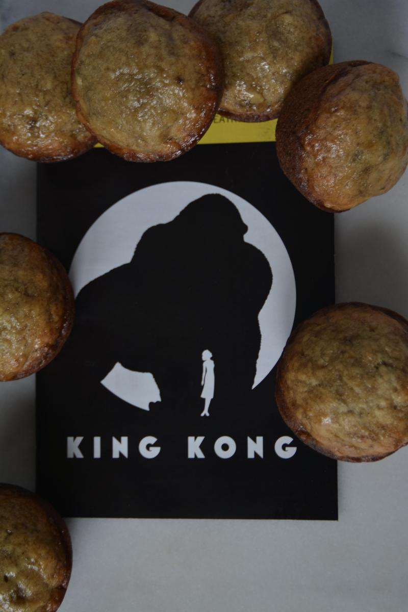 Backstage Bite with Katie Lynch: Eric William Morris Makes Some Beastly Banana Muffins Worthy of King Kong