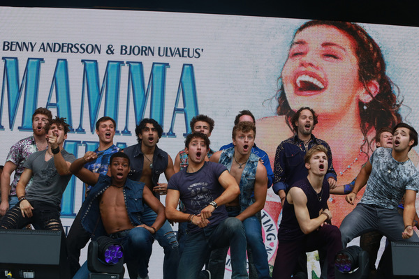 Photos: COME FROM AWAY, TINA, JAMIE, and More Perform at West End Live