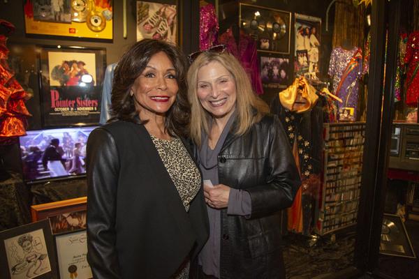 Singers Freda Payne and Roslyn Kind Photo