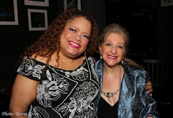 Natalie Douglas, Julie Budd