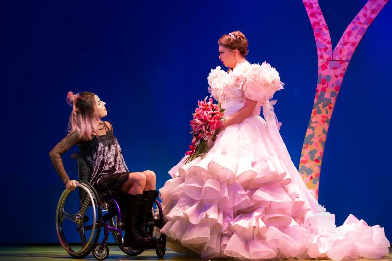 BWW REVIEW: The Brilliant MURIEL'S WEDDING THE MUSICAL Returns For A Bigger And Even Better Sydney Encore Season