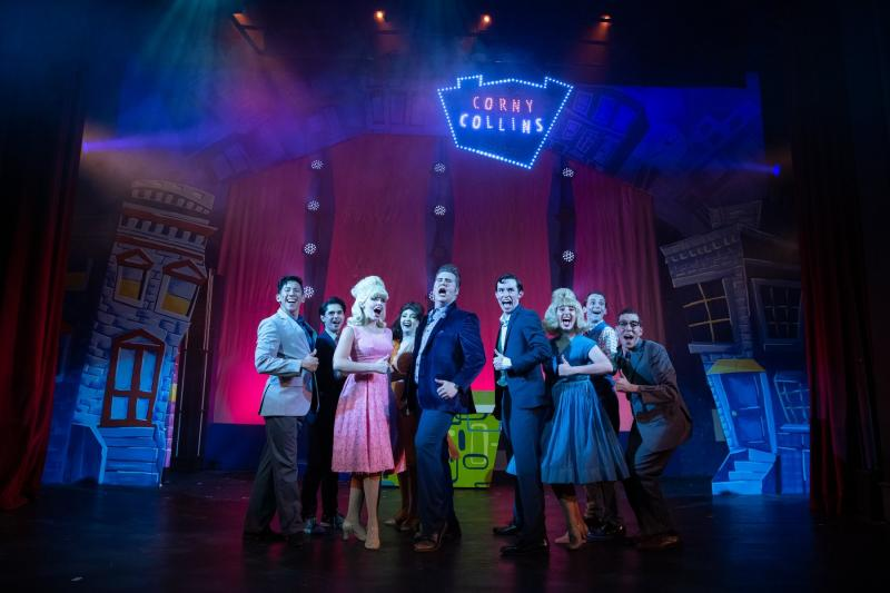 BWW Review: HAIRSPRAY DAZZLES AND DELIGHTS NOW THRU AUGUST 11 at Victoria Theatre
