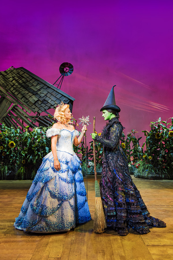 Photo Flash: First Look at Nikki Bentley, Helen Woolf, Alistair Brammer and the New Cast of WICKED