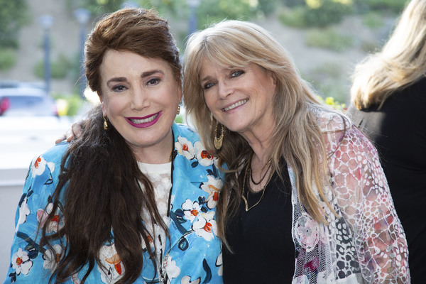 Donelle Dadigan and Susan Olsen Photo