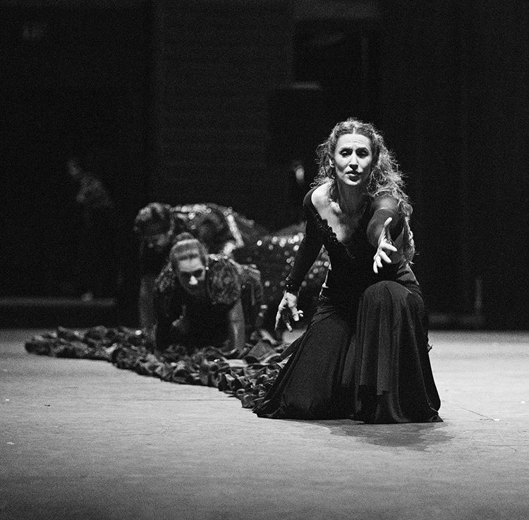 BWW Review: FALLA & FLAMENCO.  FASCINATING RHYTHMS at The Hollywood Bowl